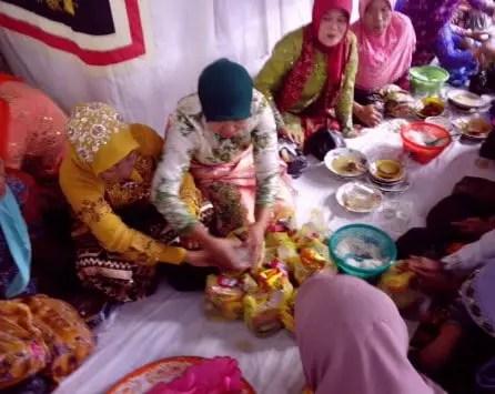 Info tentang Upacara Nayuh Lampung dan Keterangannya