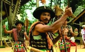 Info terkait dengan Tari Londong Khas Sulawesi Barat yang unik