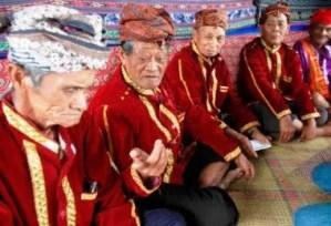 Informasi tentang pakaian adat Nu'moane Sulawesi Tengah dan Keunikannya