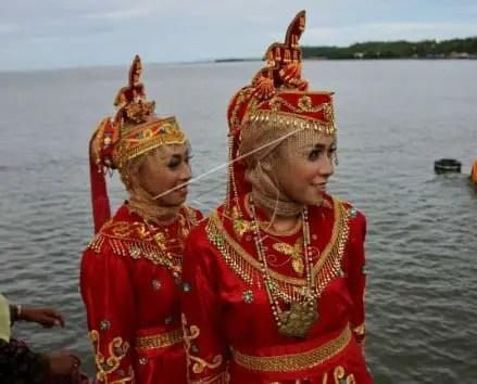 Ulasan mengenai Pakaian Adat Suku Muna Sulawesi Tenggara dan Sejarahnya