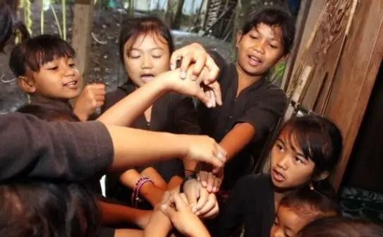 Ulasan tentang Permainan Cingciripit Jawa Barat dan Ciri Khasnya