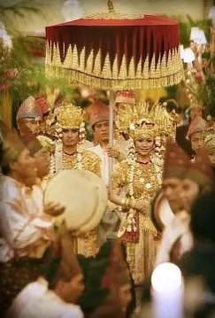Ulasan tentang Upacara Ngater Penganten Sumatera Selatan dan ciri khasnya
