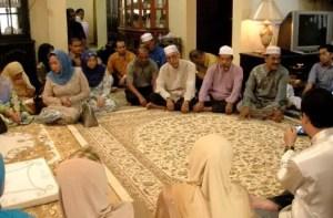 Uraian tentang Upacara Merisik Riau dan Keterangannya