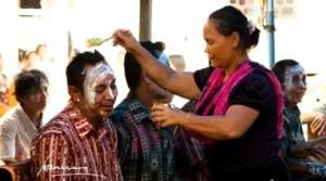 Ulasan Terkait Upacara Pakanan Sahur Lewu Dayak Kalimantan Tengah