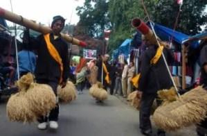 Ulasan tentang Gambar Ngalaksa Sebagai Upacara Adat Jawa Barat