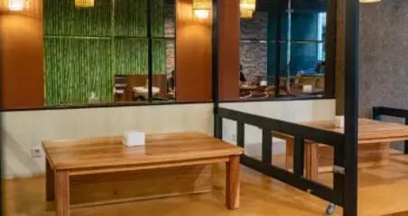 Ulasan kuliner di Medan terkait dengan rumah makan lesehan