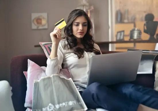 Informasi terkait dengan artikel yang berjudul kelebihan aplikasi belanja online
