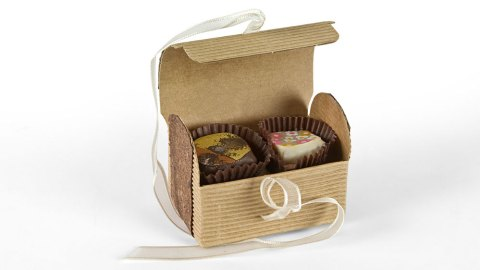 chocolate-luxury-box-09