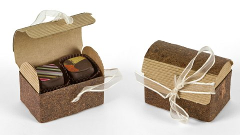 chocolate-luxury-box-11