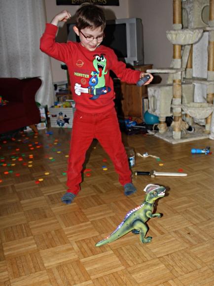 Ferngesteuerter Dino