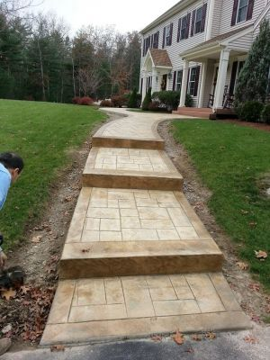 Small Slate w/ Stamped Stone Steps