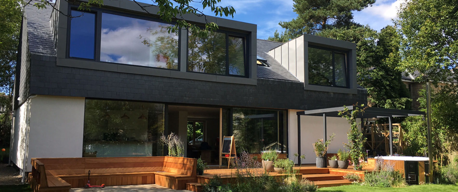 Mandioqueira creates seamless transition for indoor ... on Seamless Indoor Outdoor Living id=15469
