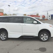 2016 VMI Side Entry for Toyota Sienna LE   Silver Cross Automotive