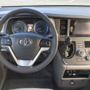 2017 VMI Side Entry for Toyota Sienna XLE
