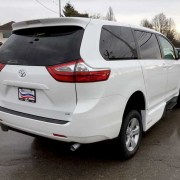 2017 VMI Side Entry for Toyota Sienna LE | Handicap Vans