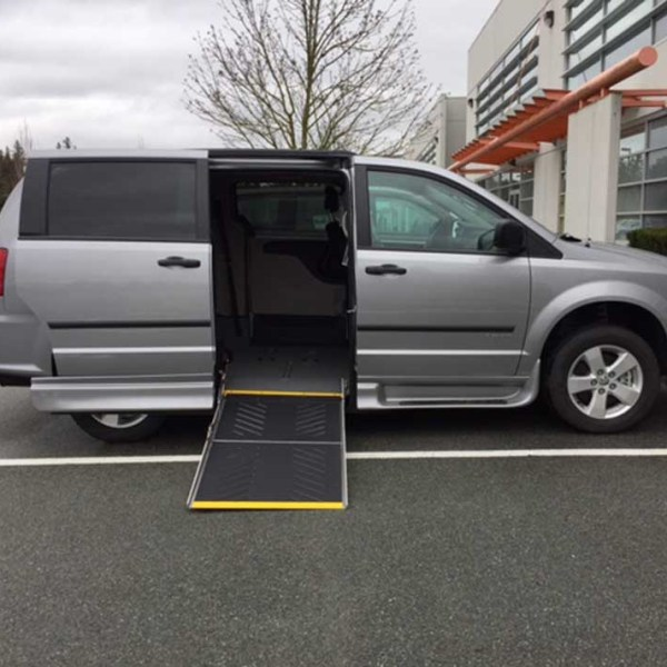 dodge grand caravan wheelchair van