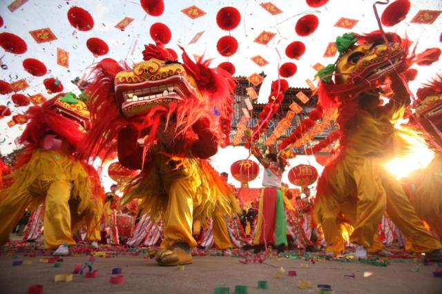 lion-dance-chinese-new-year-3