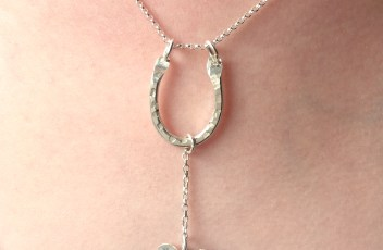 Luck and love necklace 1 pic 8