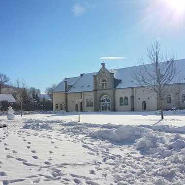 Jak przetrwać zimę w pałacu, czyli za krótkie ferie w Brunowie