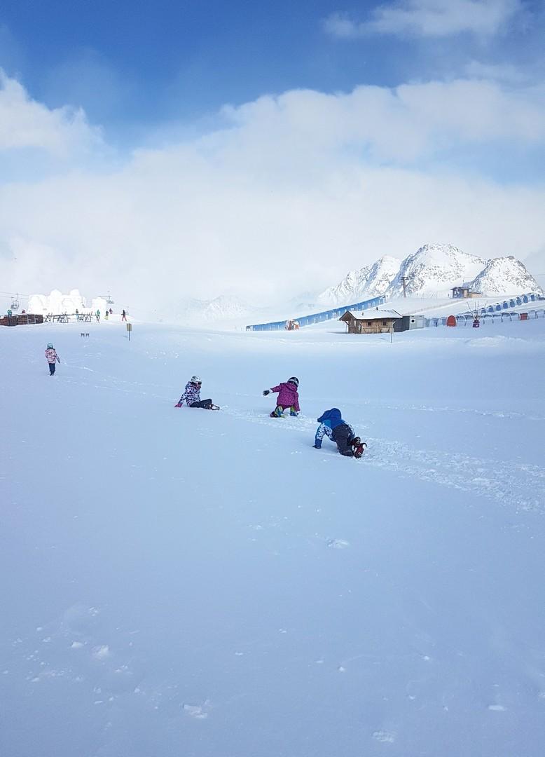 dzieci po nartach nie odpoczywają
