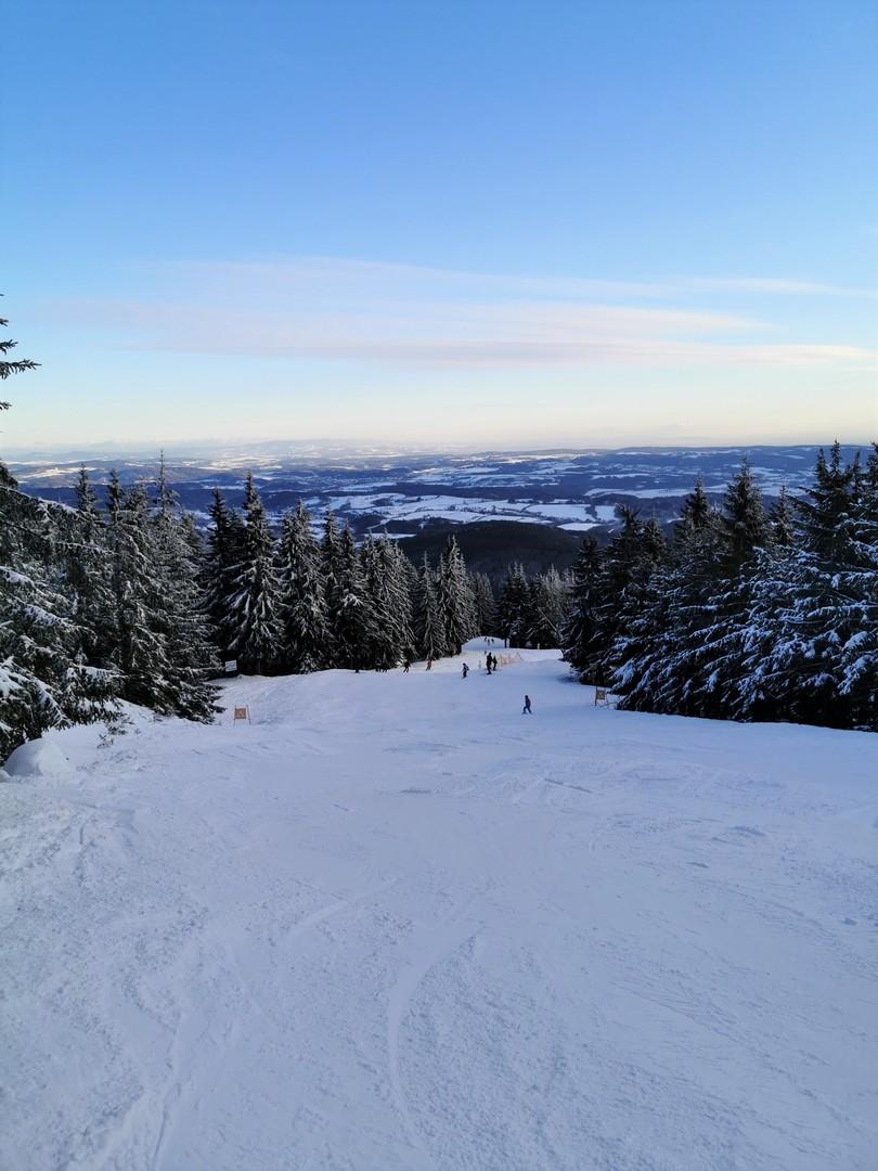 Cerna Hora Janske Lazne narty z dziećmi SilverMint
