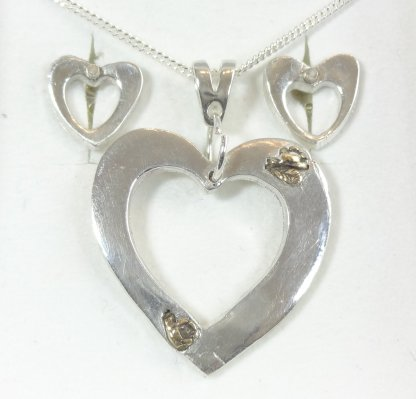 1006 Hollow Silver Heart with Gold Inserts and Matching Earings