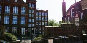 D09 - Victoria Way / Fossdene School