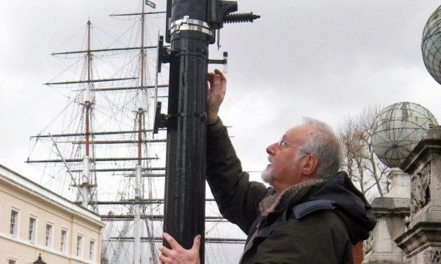 Pollution testing in Greenwich town centre