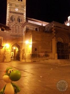 A los pies de la Catedral mudejar de Teruel