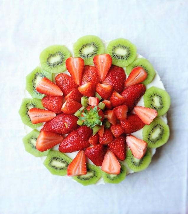 torta allo yogurt con la frutta
