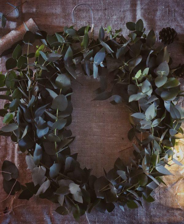 Ghirlanda natalizia con Eucalyptus Cinerea