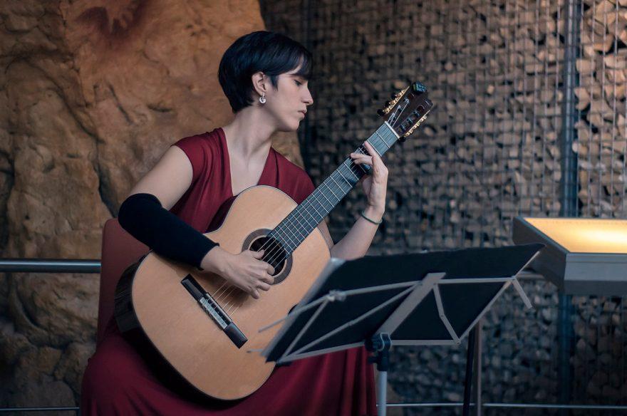 Silvia Nogales Barrios - Guitarrista y creadora