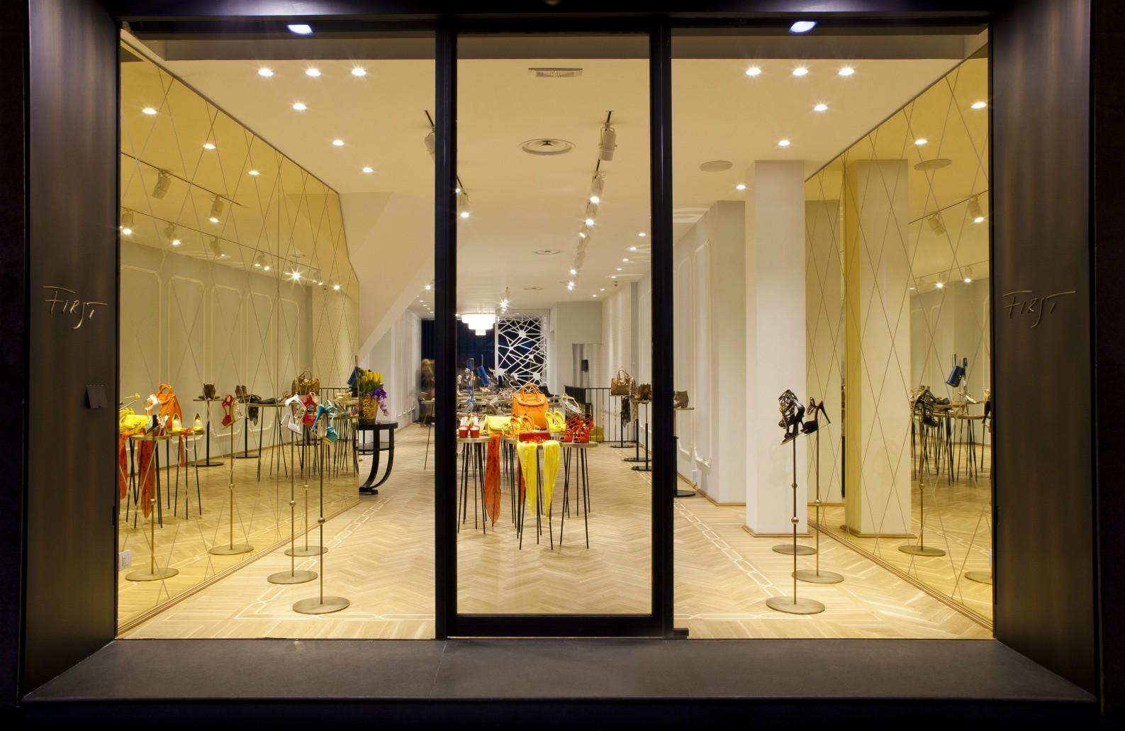 Shoe boutique padova silvia simionato architetto silvia simionato architetto - Ristorante la finestra padova ...