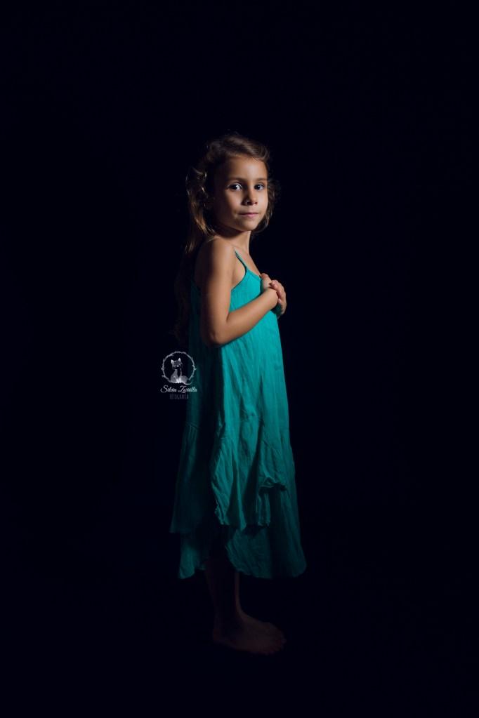fotografía infantil en ibiza smash cake eivissa childhood photography kid fotógrafo en ibiza fotografía de familia familias eivissa