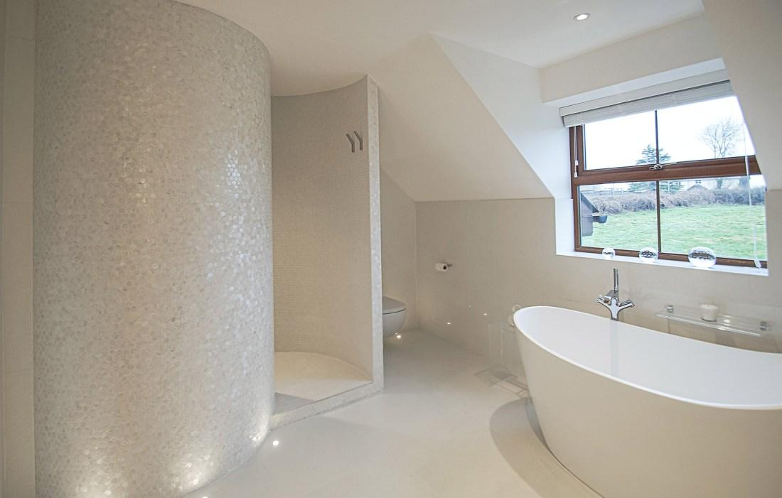 Bianco Hexagons Bathroom