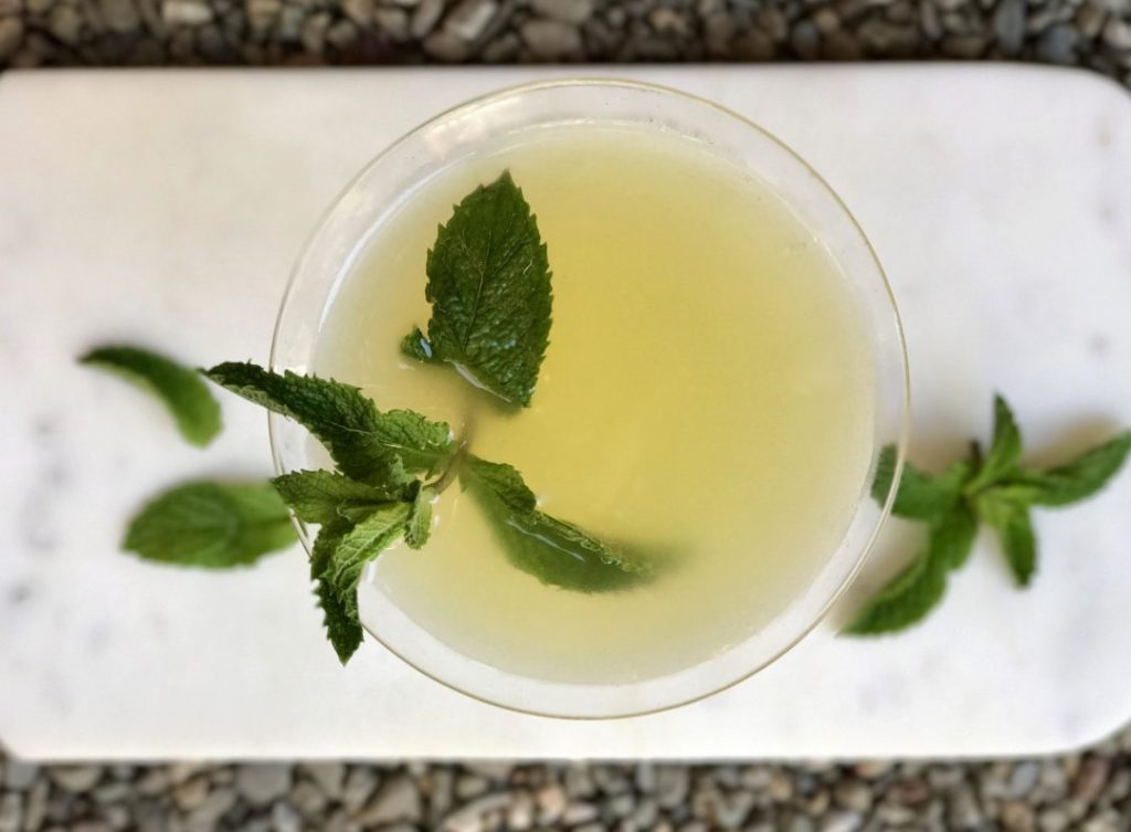 pineapple mint martini