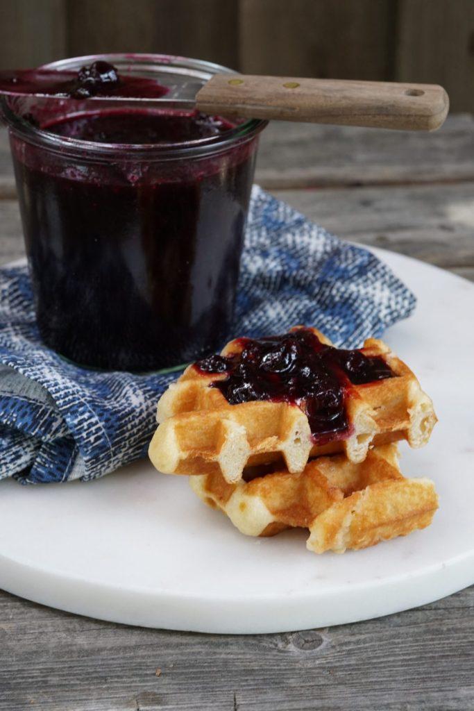 blueberry quick jam