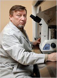 Der am 16. Juli 2009 verstorbene gebürtige Russe Yuri Verlinsky gilt heute als einer der Pioniere der Pränataldiagnostik (Foto: Reproductive Genetics via Wikimedia / fair use)
