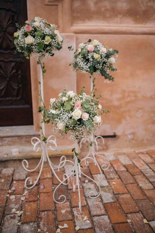 Matrimonio Country Chic Torino : Cerimonia fiori per matrimonio in chiesa e rito civile nelle