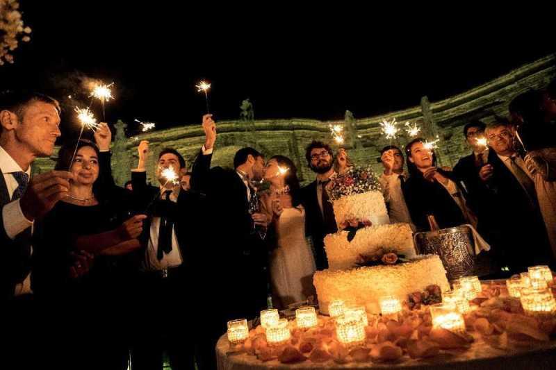 Wedding Cake Fontana di Villa Bria - PH Camandona: