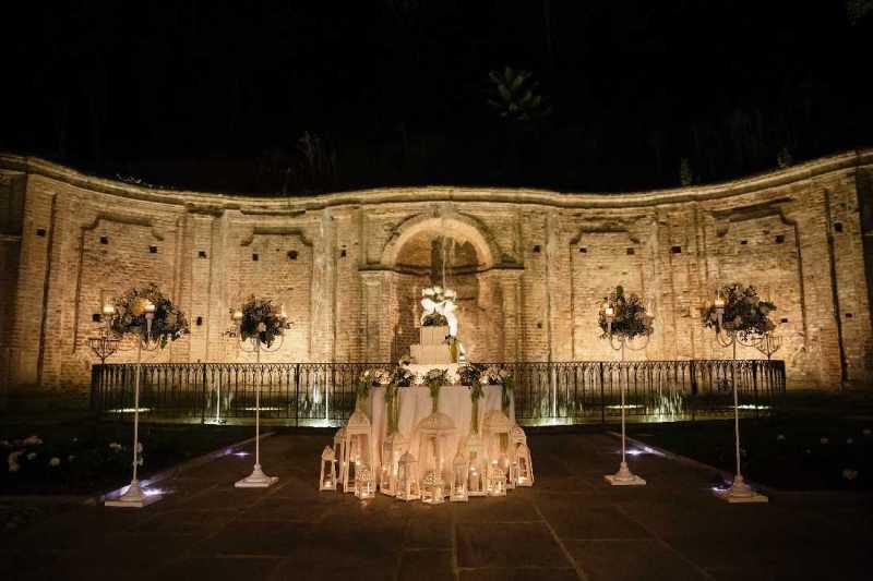 Torta sulla fontana di Villa Bria