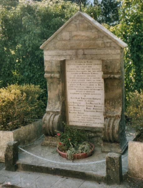 monumento-caduti-dopo-1537b27e5a9e42.jpg
