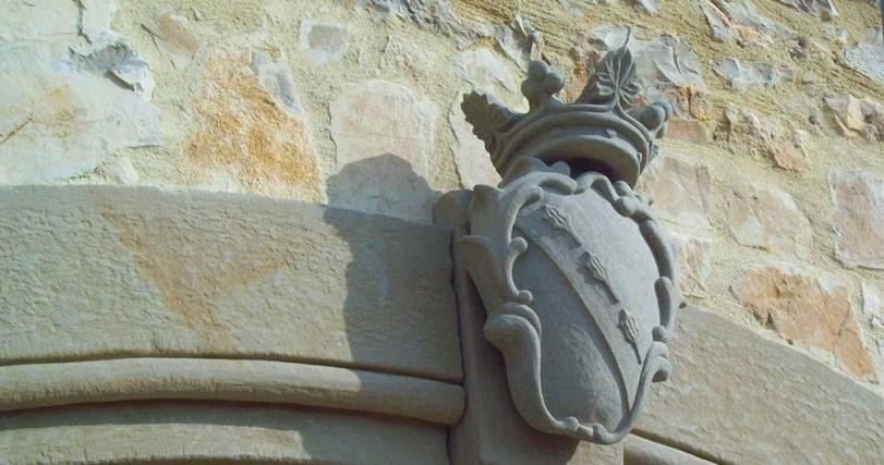 stemma-pietra-conti-mazzei-vista