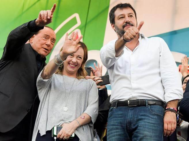 il trio Berlusconi Meloni Salvini