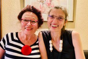 Nathalie Fritz (à droite)) et moi-même, le 3 juillet 2020 lorsque nous nous sommes rencontrées à l'improviste au rstaurant La Grappa à Strasbourg