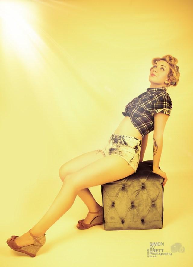 50s style pin up shoot @ simoneverettphotographykent.co.uk