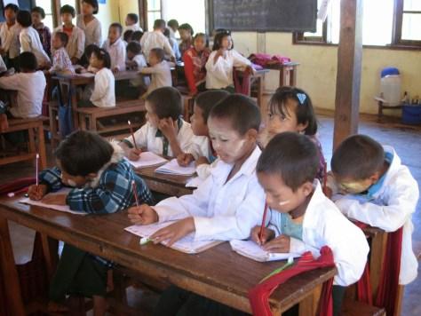 school kids in Kalaw