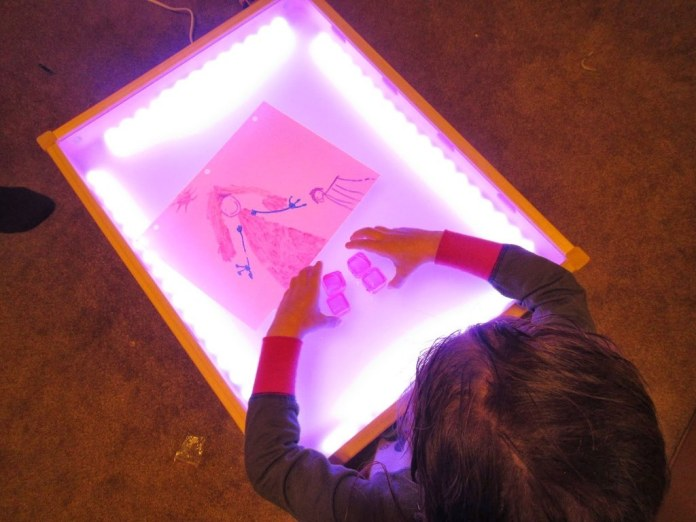 18 Make your own light up table via simphome