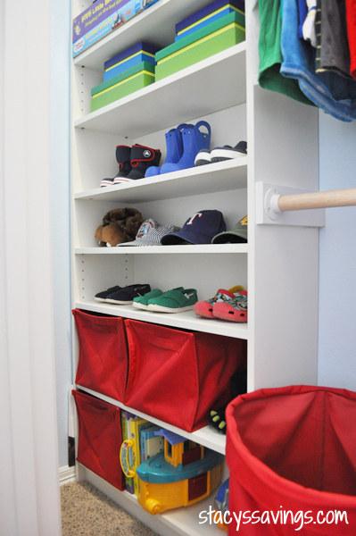 25 Create a custom closet with Billy bookshelves 1 via simphome