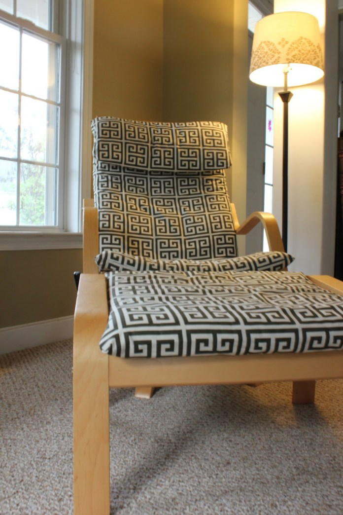 13 Old IKEA chair hack with some nice cushion1067x1600 Simphome com